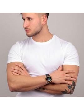 R3251545003 sector orologio digitale nero indossato